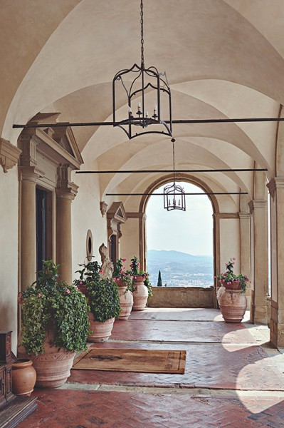 An outdoor hallway at the Villa San Michele