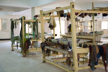 Carpets being made at the carpet school
