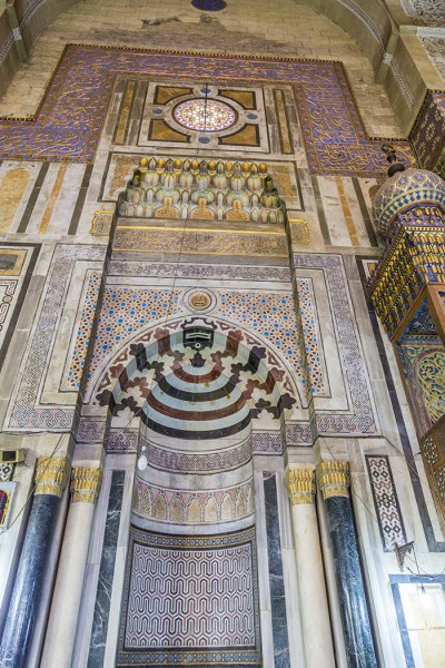 Wall art in the mosque of Sultan Hassan